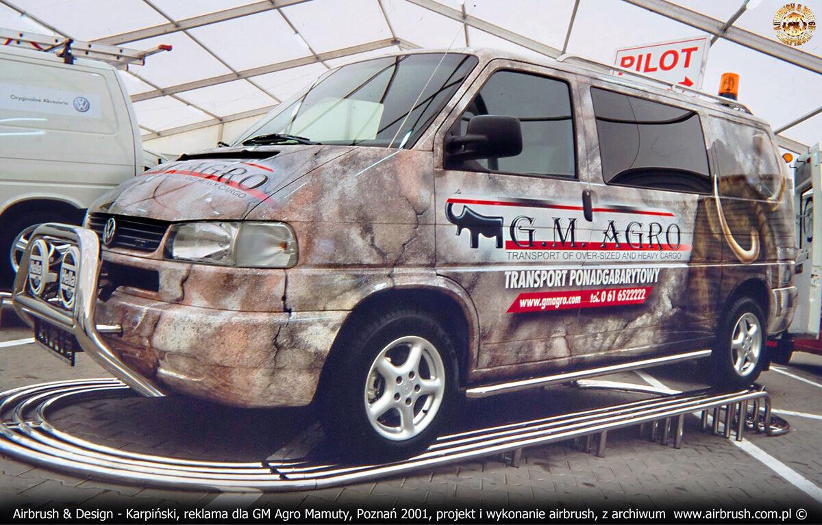 Reklama na samochodzie w technice airbrush - VW Transporter T4 dla GM Agro Mamuty.