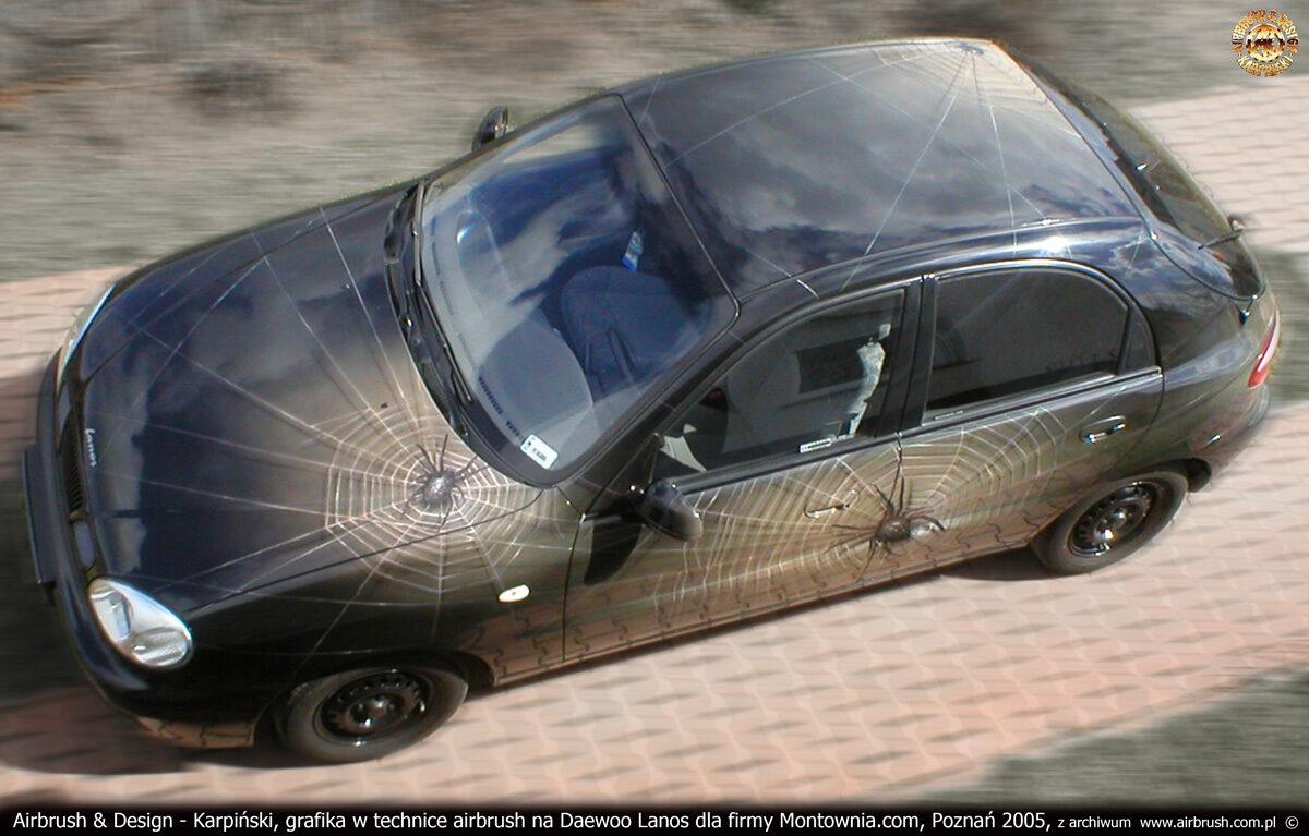 Grafika reklamowa w technice airbrush dla firmy Montownia.com na samochodzie Daewoo Lanos.