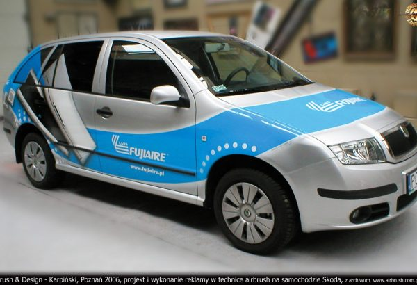 Airbrush & Design - Karpiński, Poznań 2006, projekt i wykonanie reklamy w technice airbrush na samochodzie Skoda