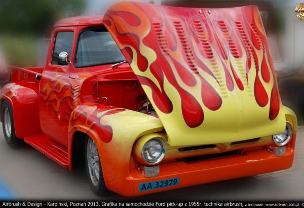 Airbrush & Design - Karpiński, Poznań 2013. Grafika na samochodzie Ford Pick-up z 1955r. technika airbrush, z archiwum  www.airbrush.com.pl  ©