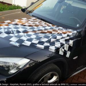 2015-ROMAR POLSPED – BMW X1 – PROJEKT I WYKONANIE GRAFIKI W TECHNICE AIRBRUSH