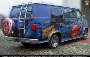Reklama Wrangler na samochodzie Chevrolet Chevy van 20 SL Series.